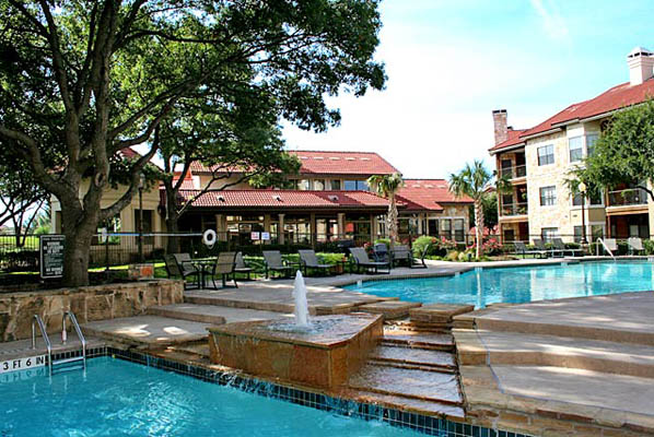 Pool at Listing #137719