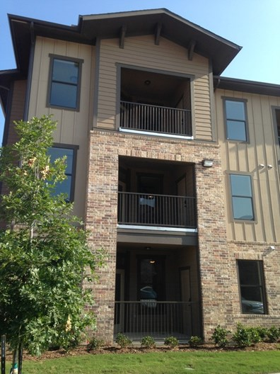 Commons at Hollyhock Apartments