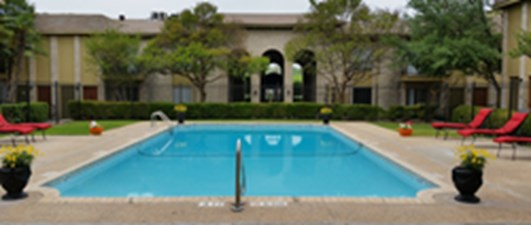 Pool at Listing #141212