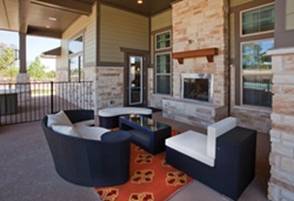 Lounge at Listing #242154
