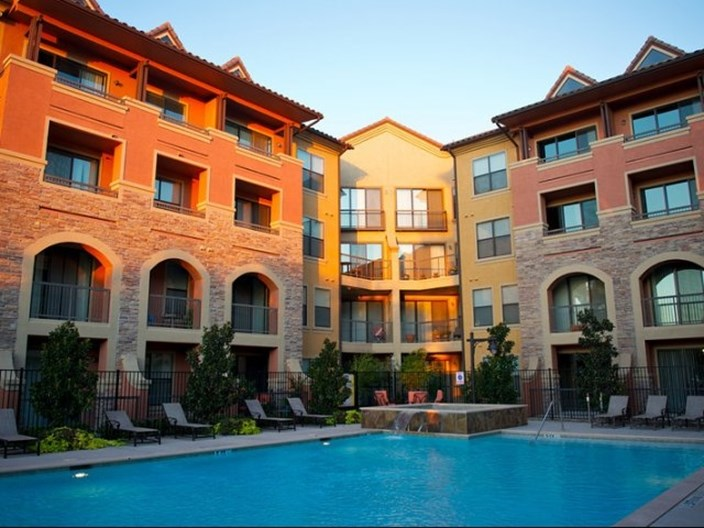 Rockwall Commons Apartments