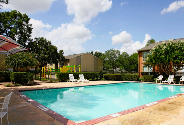 Pool at Listing #139472