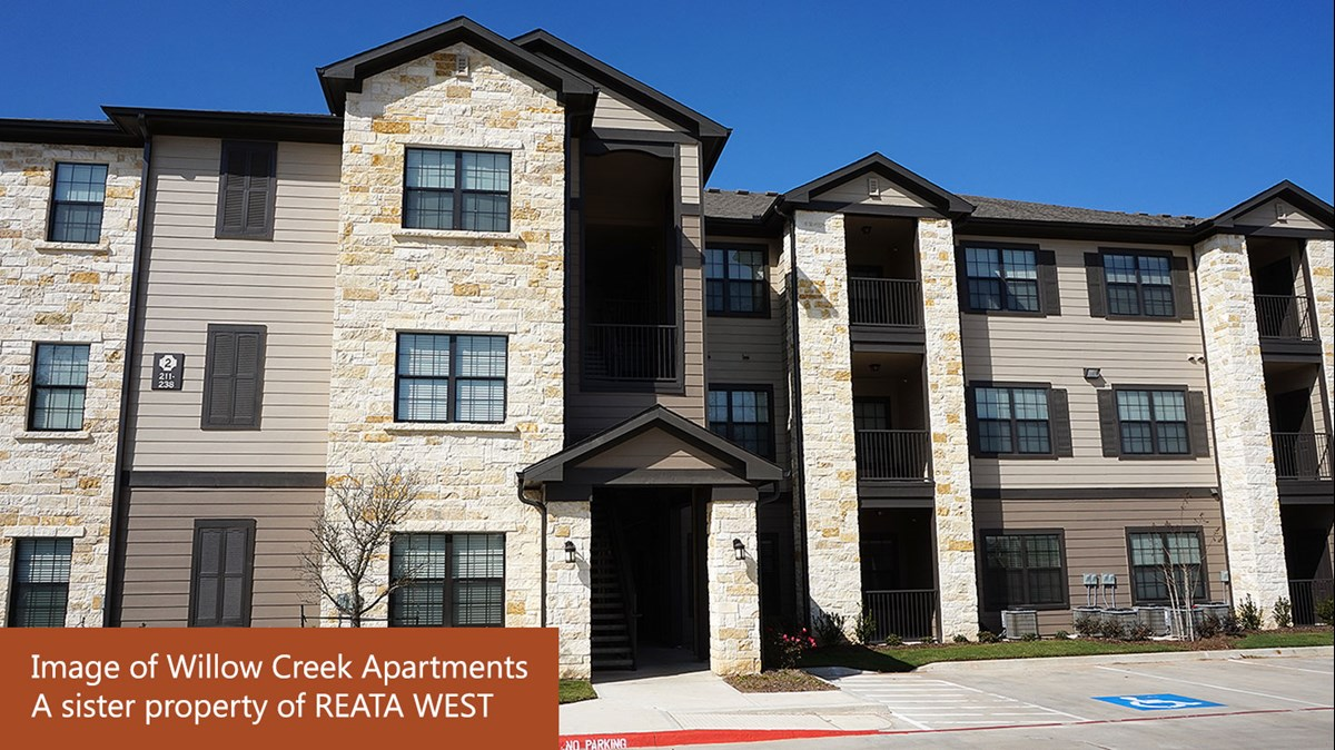 Reata West Apartments Azle, TX