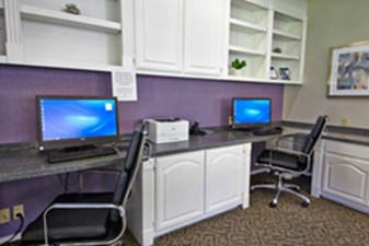 Business Center at Listing #136816