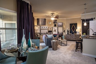 Living at Listing #235118