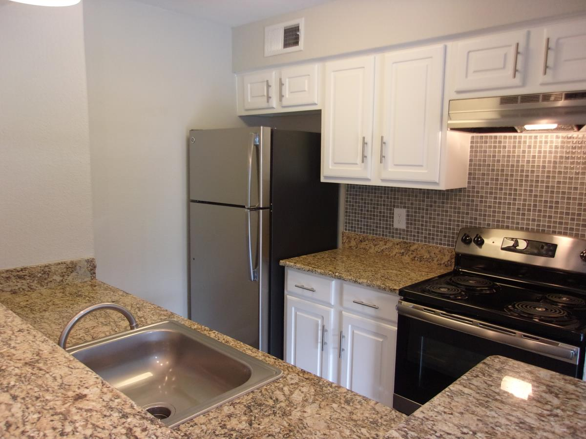 Kitchen at Listing #136149