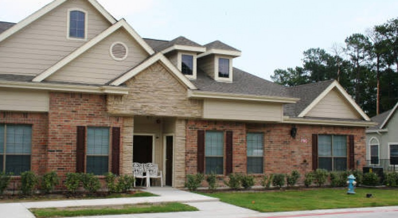 Exterior at Listing #147718