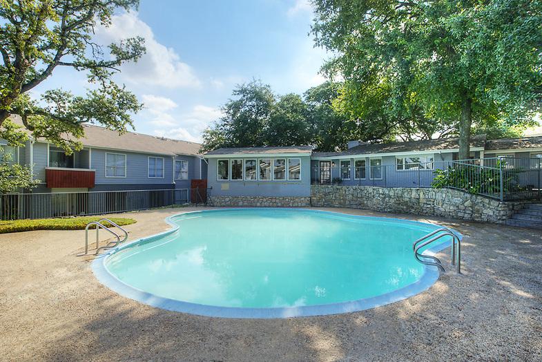 Pool at Listing #141003