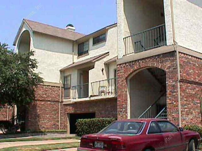 Arbor Glen Common Apartments