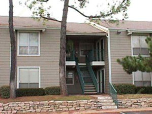 Exterior 2 at Listing #136982