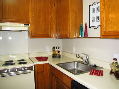 Kitchen at Listing #140196