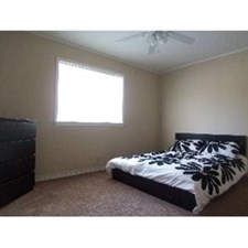 Bedroom at Listing #150732