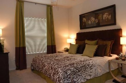 Bedroom at Listing #140643