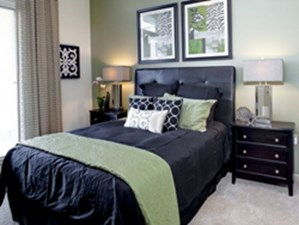 Bedroom at Listing #145794