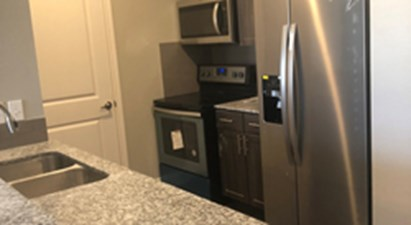 Kitchen at Listing #312749
