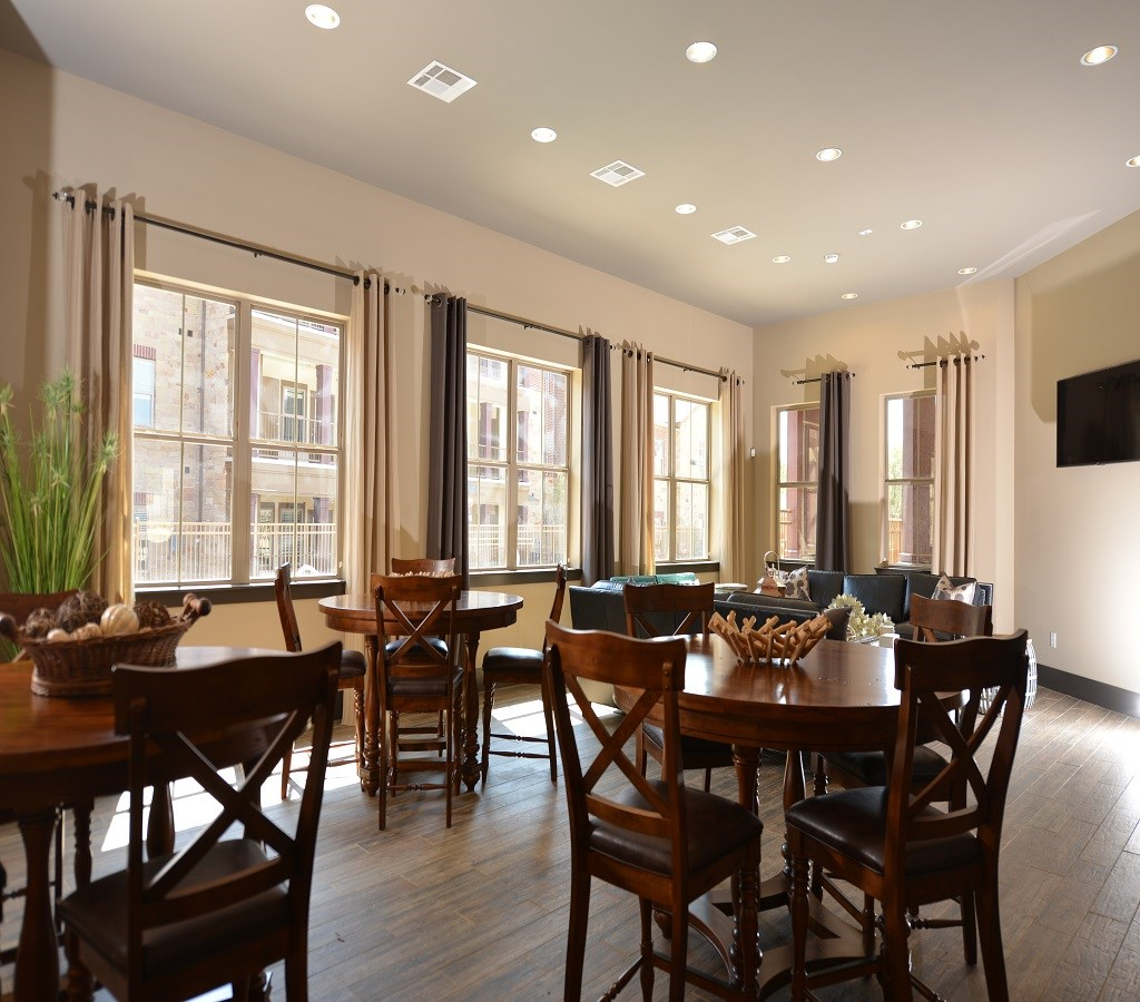 Dining Room at Listing #279116