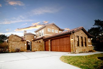 Longhorn Village at Listing #149604