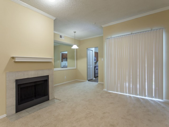 Dining/Kitchen at Listing #136090