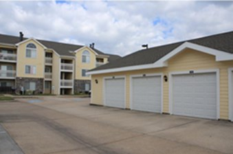 Exterior at Listing #138558