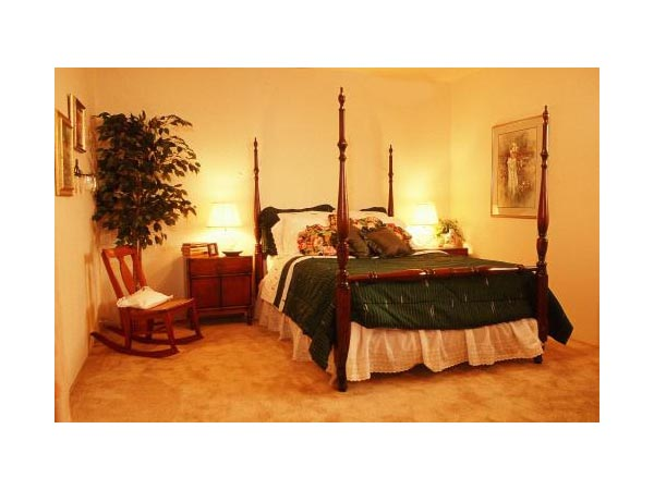 Bedroom at Listing #138818