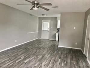 Living/Dining at Listing #212645