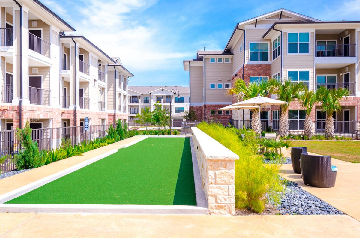Putting Green at Listing #245817