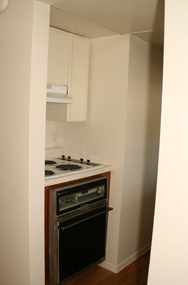 Kitchen at Listing #144072