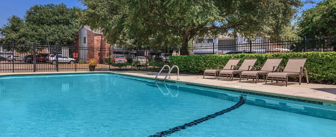 Pool at Listing #139181