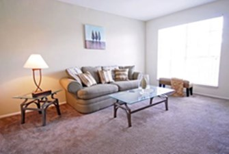 Living Area at Listing #139367