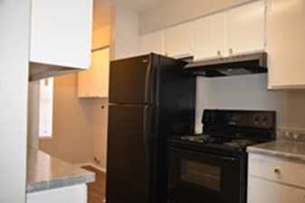 Kitchen at Listing #139988