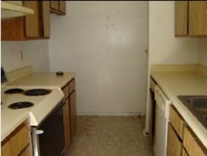 Kitchen at Listing #138232
