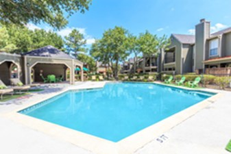 Pool at Listing #139410