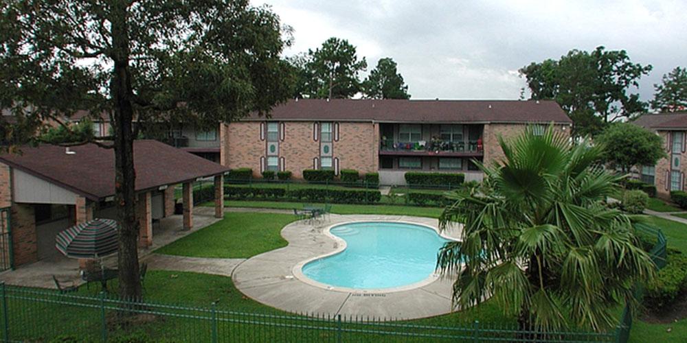 Pool at Listing #138655