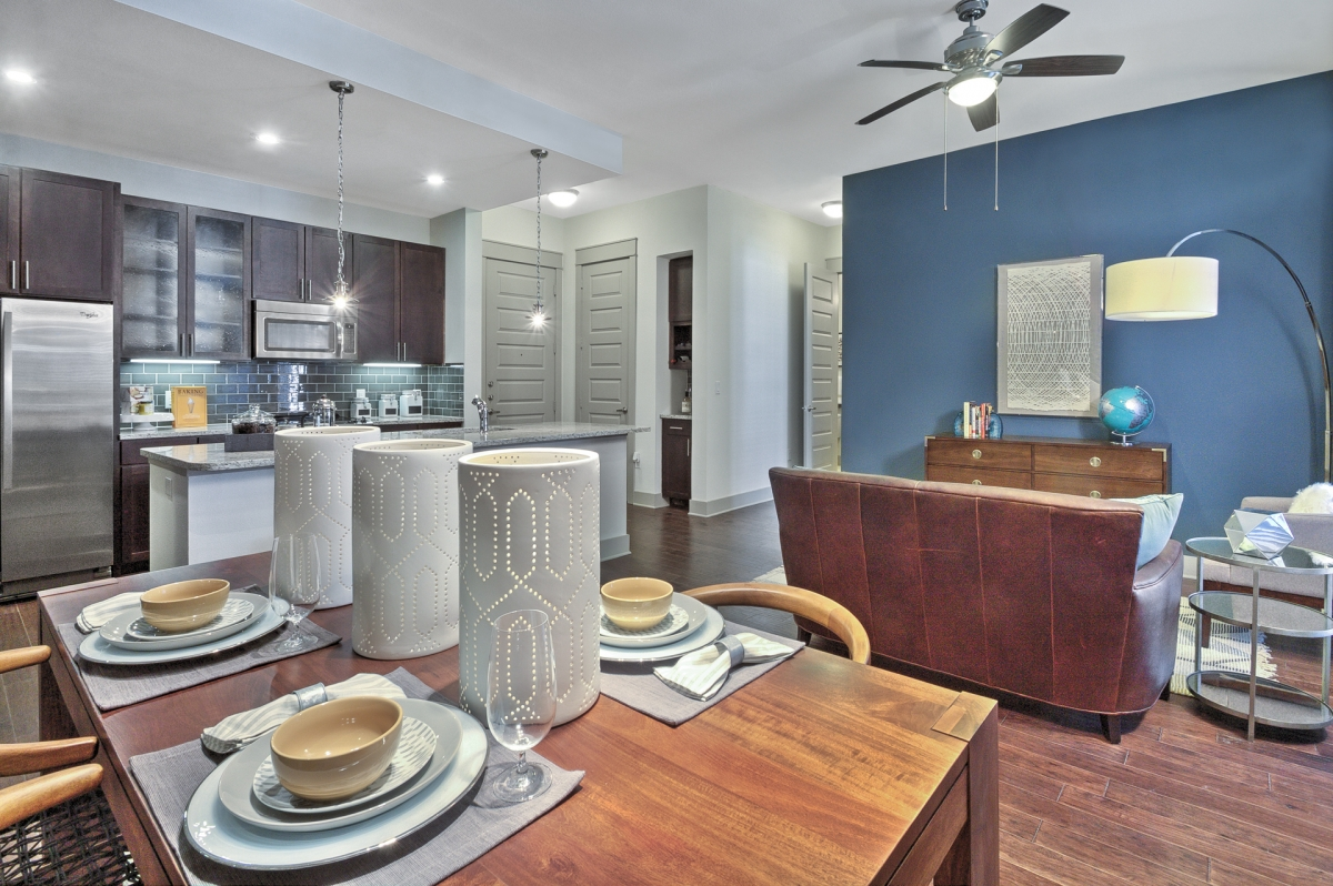 Living/Dining at Listing #267803