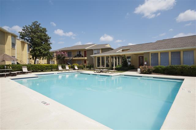 Pool at Listing #138323