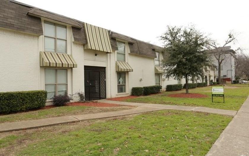 Sonoma/Ambassador/Fitzhugh Apartments