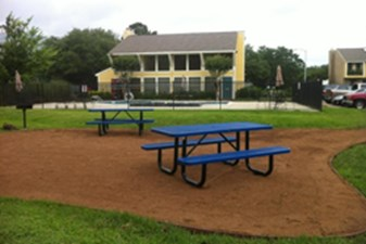 Picnic Area at Listing #138235