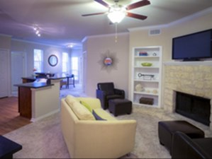 Living at Listing #140587