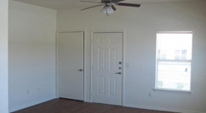 Living at Listing #227062