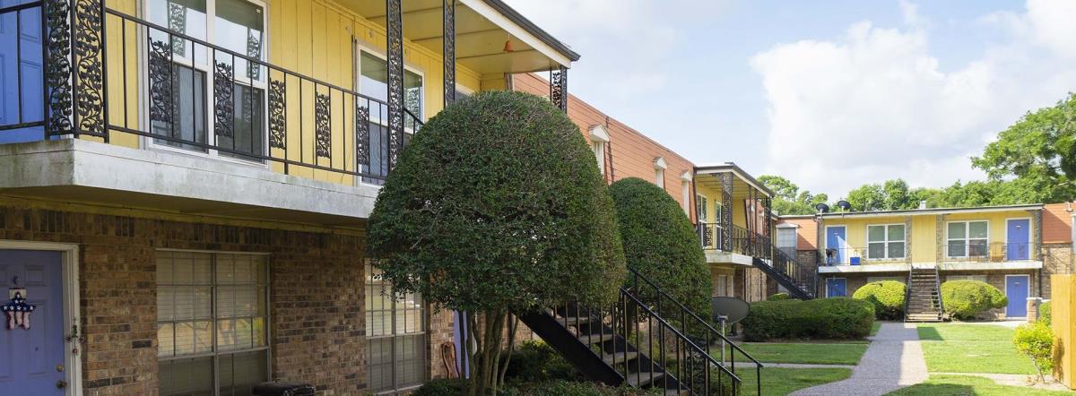 Marina Club at Baytown Apartments