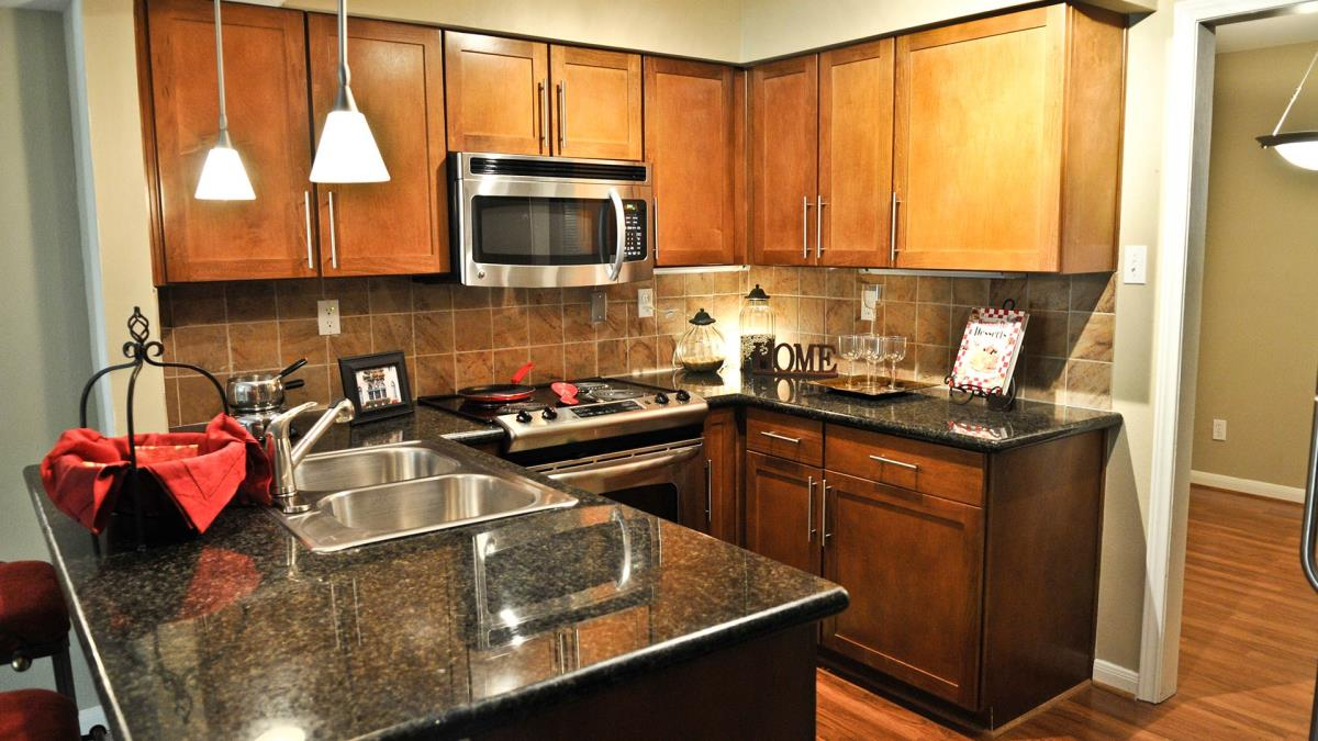 Kitchen at Listing #138844