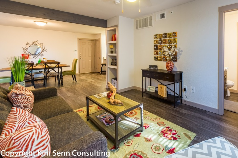 Living Area at Listing #140795