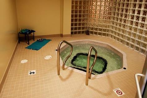 Hot Tub at Listing #154057