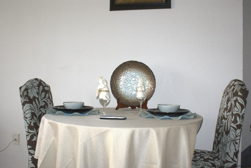 Dining at Listing #138833