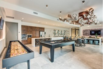 Gameroom at Listing #280412