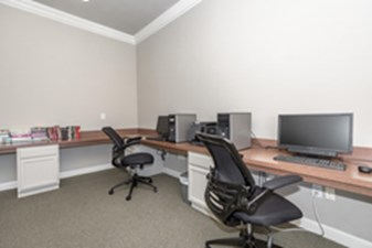 Business Center at Listing #137951