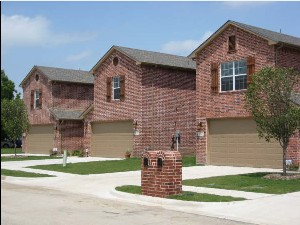Exterior 5 at Listing #145155
