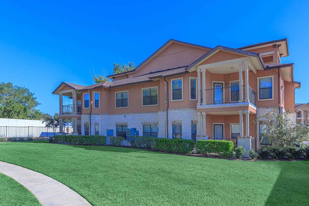 Exterior at Listing #147019