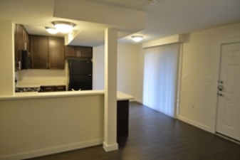 Dining/Kitchen at Listing #138147