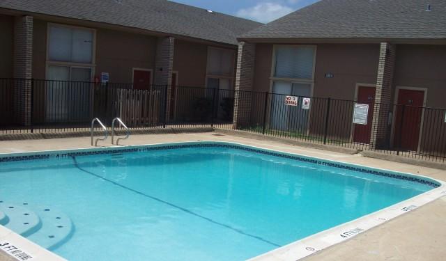 Pool at Listing #136727
